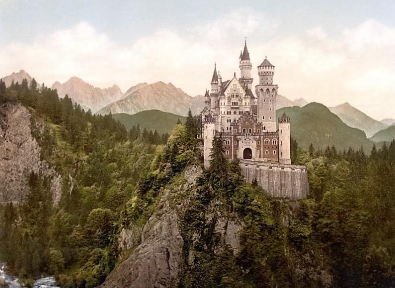 neuschwanstein_castle-800x583