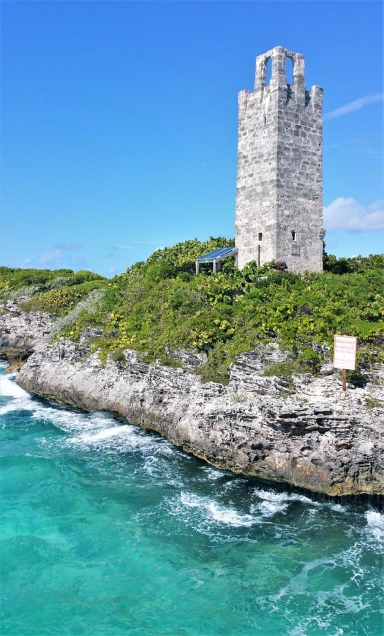fort blue lagoon island bahamas