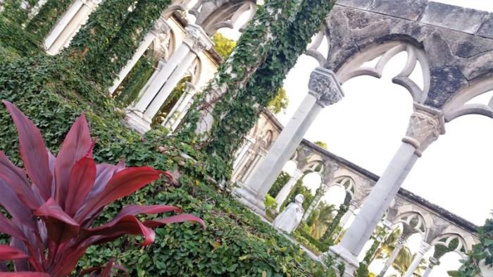 french cloister nassau paradise island