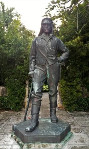 David Livingstone statue bahamas nassau