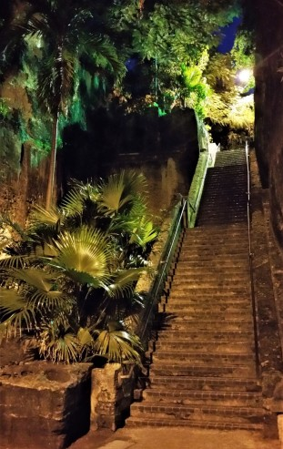 Queen's stairs