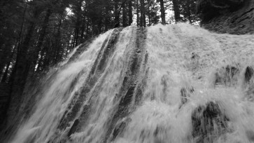 under waterfall in mont dore
