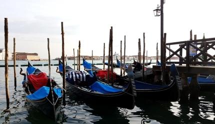 Carnaval de Venise gondoles