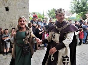 défilé festival medieval de provins