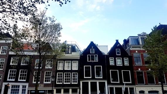 amsterdam black houses