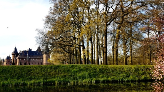 castle holland