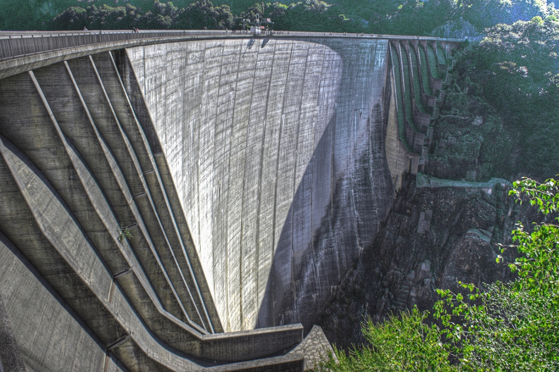 embankment dam