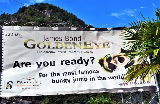 james bond golden eye bungy jump switzerland