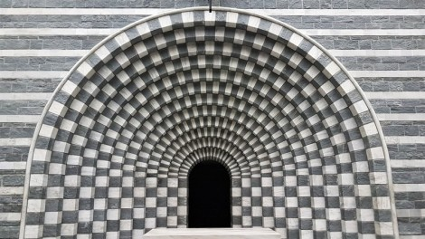 Eglise Mogno de Mario Botta (17)