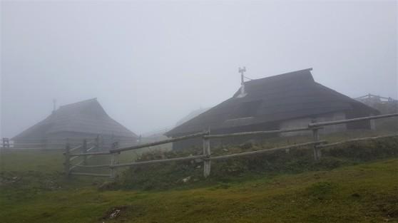 Traditional village montagne Velika Planina Slovenia brume