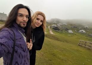 selfie couple velika planina