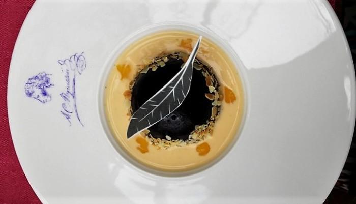 pouchkine cafe dessert