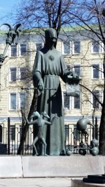 Mikhail Chemyakin sculpture (6)