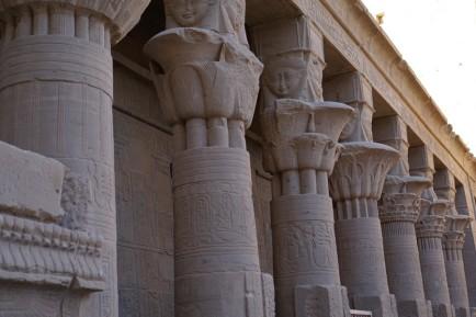 agatha christie sanctuaire isi philae assouan (17)