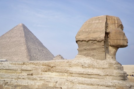 pyramide et sphinxde gizeh cairo egypt