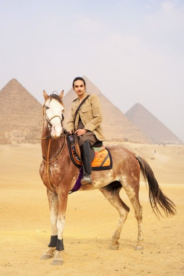 pyramides in hors visit