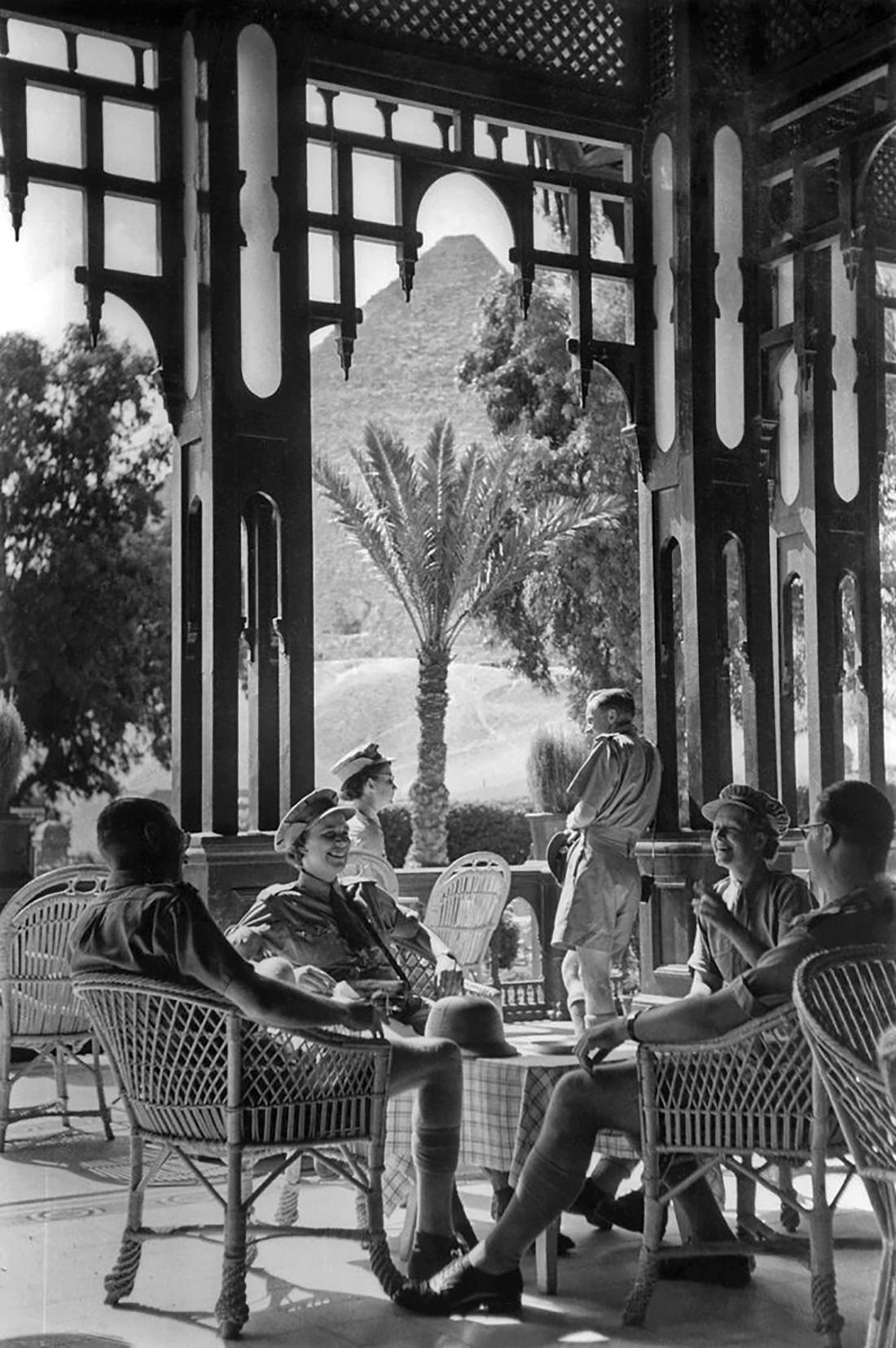 mena house hotel 1920 vintage pyramids cairo
