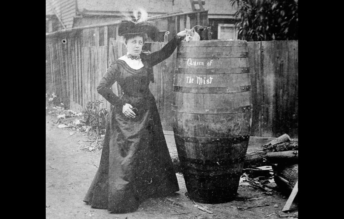 survivante chutes niagara Annie Edson Taylor en 1901