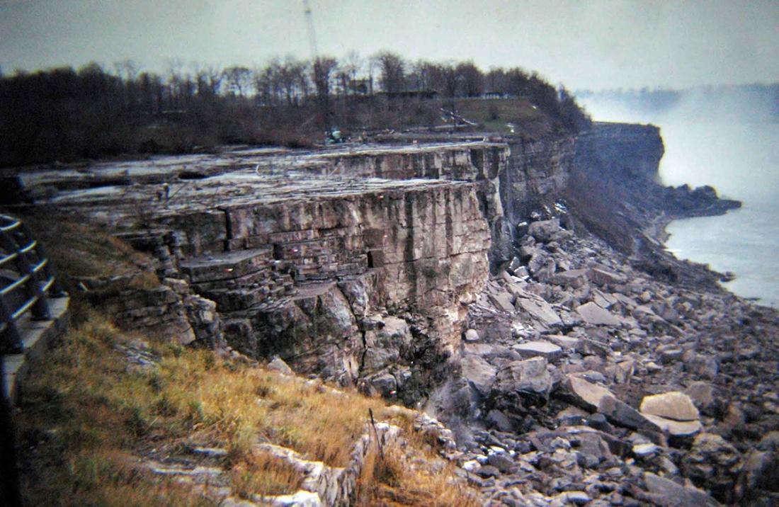 niagara falls stopped 1969